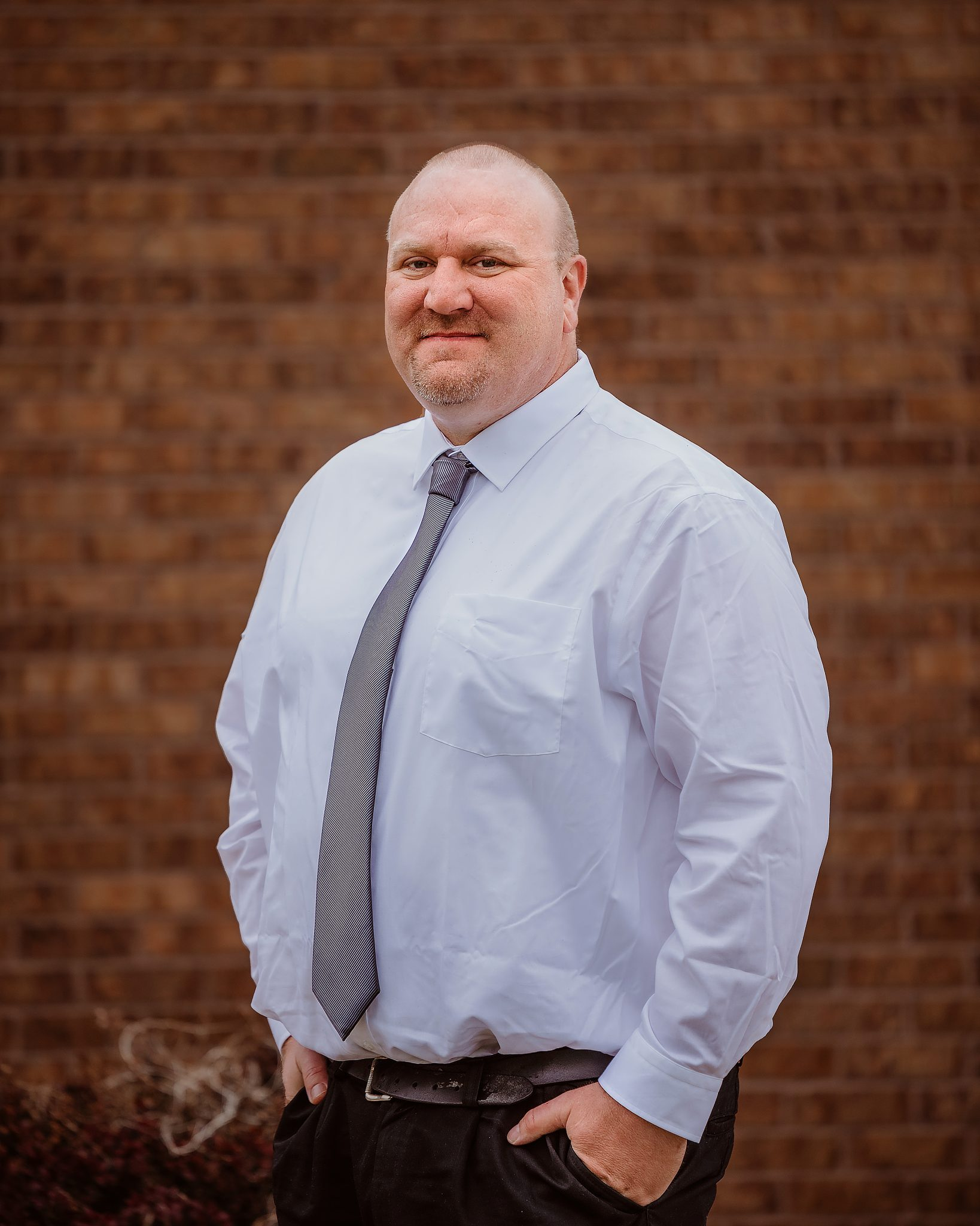 Tony has been working in transportation since 1996.  He grew up in Sioux City, Iowa where he attended Heelan High School. He graduated from the University of South Dakota. Go Yotes!! He is married to Kim Plantenberg and he has a beautiful daughter Korryn and stepdaughter Emily. He currently lives in Papillion, NE.